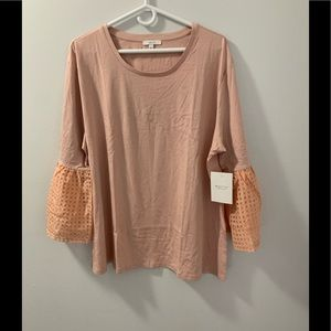 Long sleeve shirt with flare sleeves